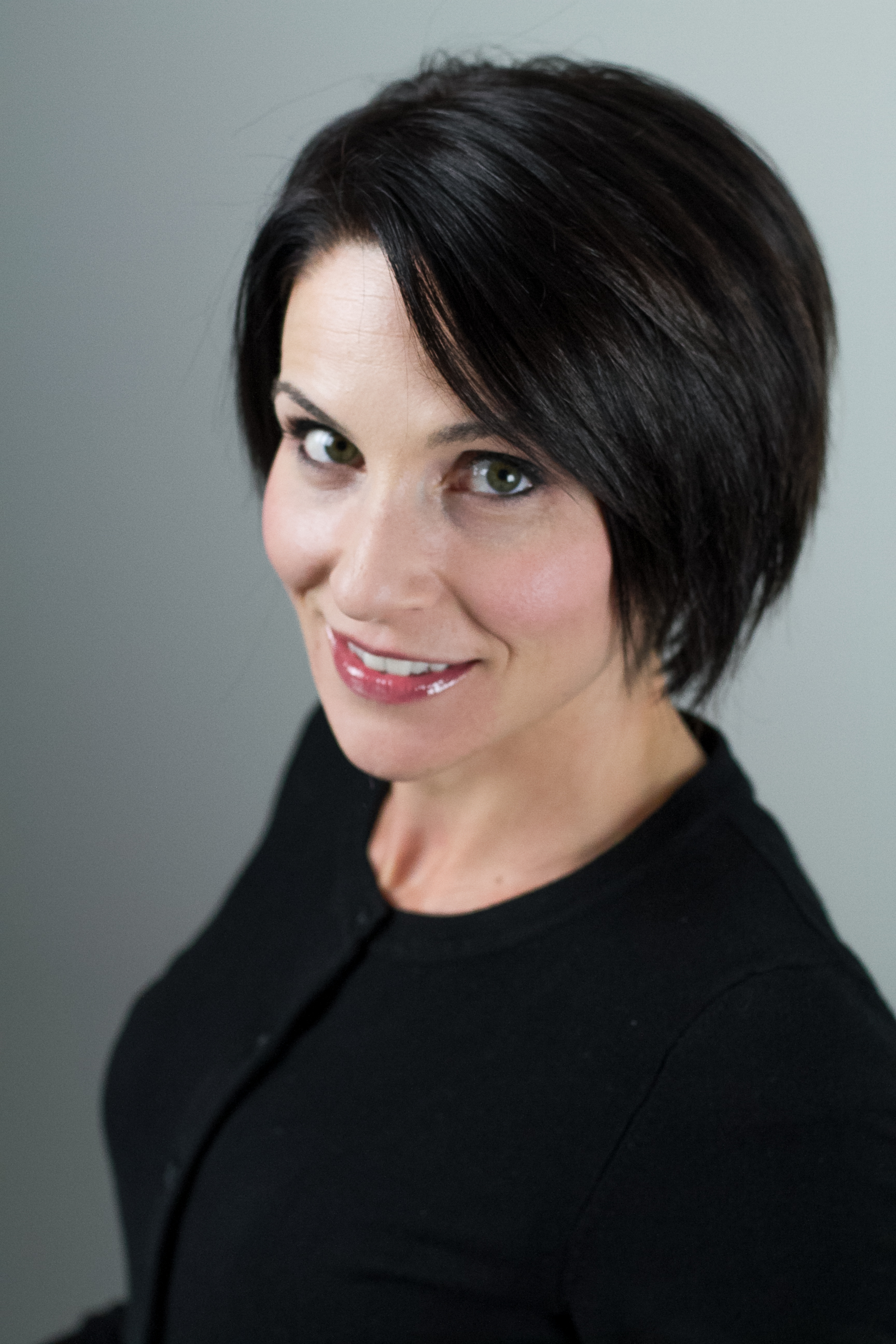 Lianne Perissinotti Le Rue : Insurance Relations Manager