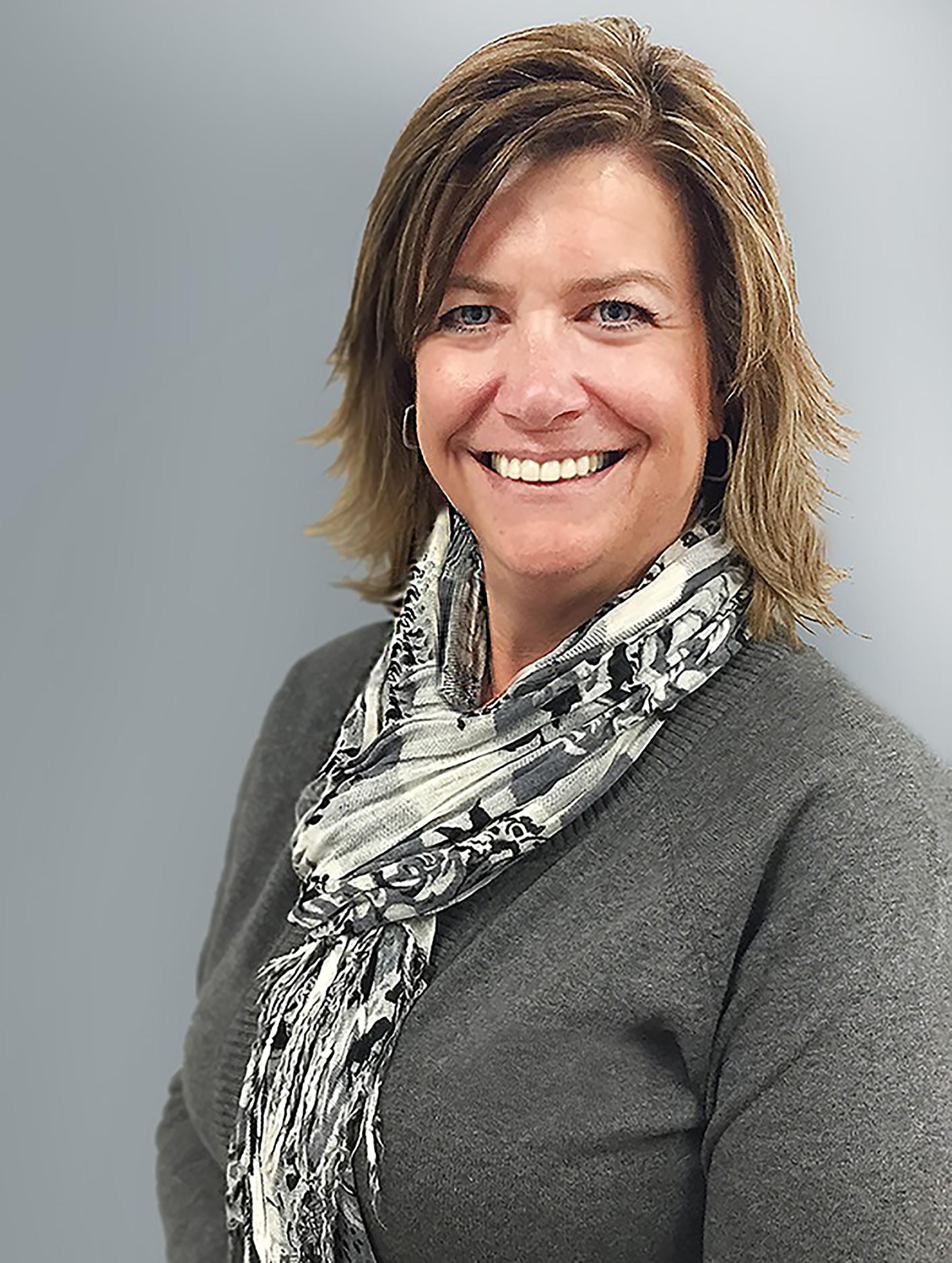Kari Barton : Regional Manager - Alberta